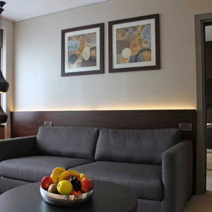 Crowne_Plaza_Geneva_4570R_Diplomatic_Suite