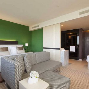 Crowne_Plaza_Geneva_Business_Suite_1