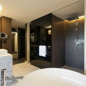 Crowne_Plaza_Geneva_Business_Suite_2